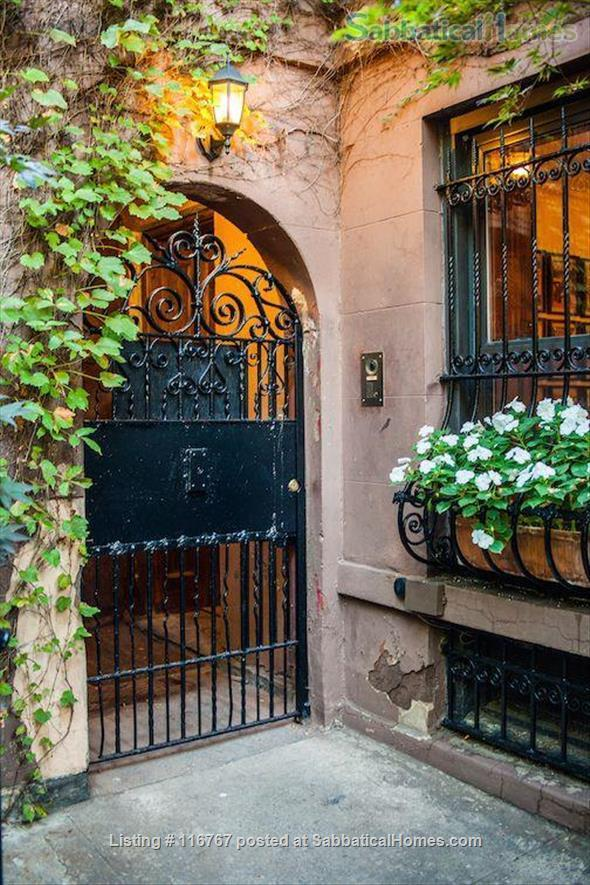 Harlem Hideaway Garden Apartment Home Rental in New York, New York, United States 2