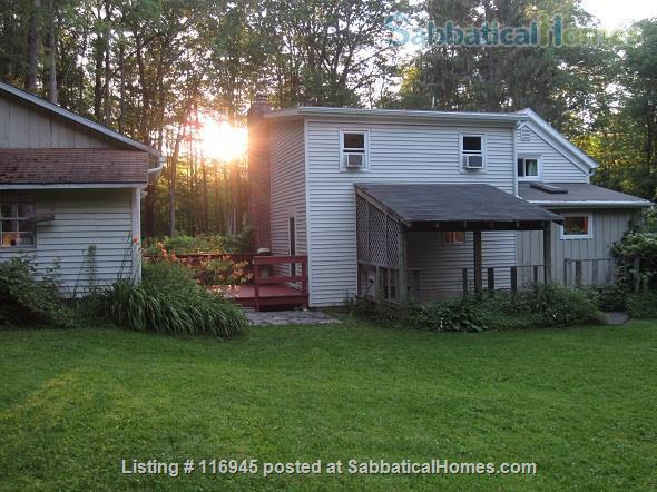 Beautiful, secluded 3BR home close to Cornell Home Rental in Ithaca, New York, United States 6