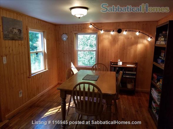 Beautiful, secluded 3BR home close to Cornell Home Rental in Ithaca, New York, United States 8