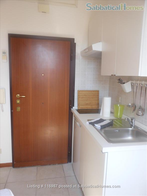 Bright, quiet and well connected studio apartment  Home Rental in Rome, Lazio, Italy 7