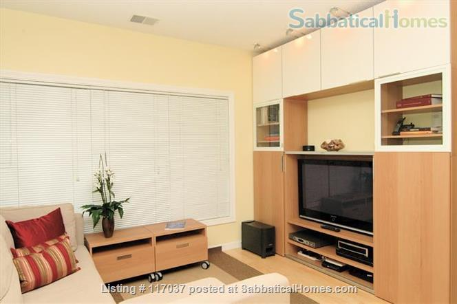 $3890/2br - Min 6 mts Lux Condo nr Subway, Easy Harvard, Tufts w UTILITIES. Home Rental in Cambridge, Massachusetts, United States 2