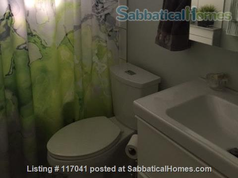 Beautiful Guest Room in Lakefront Location  Home Rental in Toronto, Ontario, Canada 9
