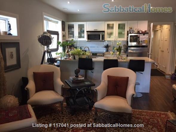 Beautiful Guest Room in Lakefront Location  Home Rental in Toronto, Ontario, Canada 1
