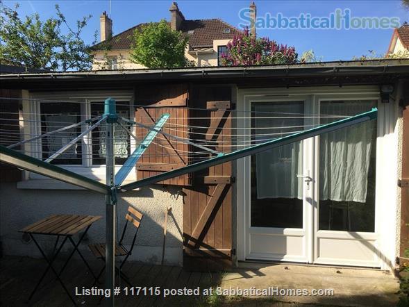 Quiet Studio Apartment, in VERSAILLES with Convenient Access to PARIS, ST QUENTIN, SACLAY Home Rental in Versailles, Île-de-France, France 4