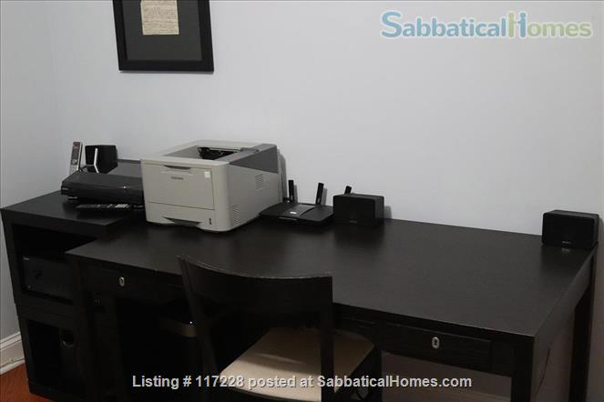 2BR Classy Apartment in Hyde Park Home Rental in Chicago, Illinois, United States 4