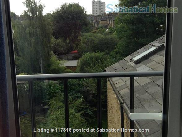 Lovely light sunny loft and separate kitchen in Clapham, South London Home Rental in Greater London, England, United Kingdom 2