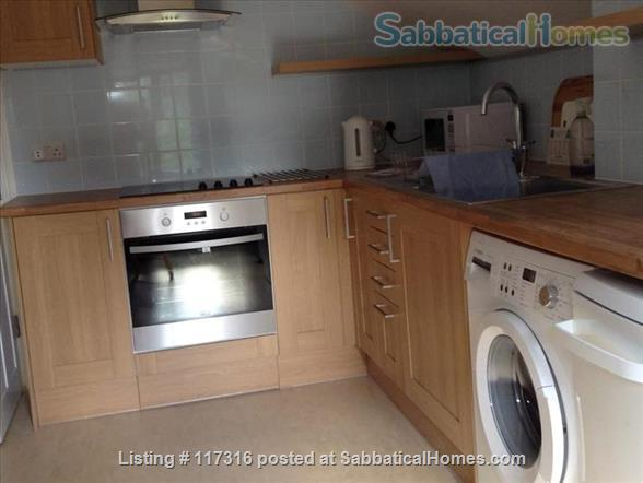 Lovely light sunny loft and separate kitchen in Clapham, South London Home Rental in Greater London, England, United Kingdom 4