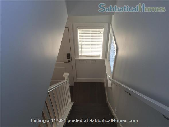 Buttercup Guest House Home Rental in Vancouver, British Columbia, Canada 5