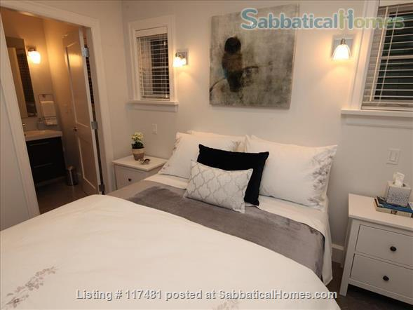 Buttercup Guest House Home Rental in Vancouver, British Columbia, Canada 6