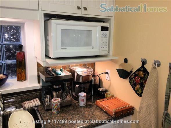 2 Bedroom Suite In Kitsilano Character Home Near UBC  Home Rental in Vancouver, British Columbia, Canada 6
