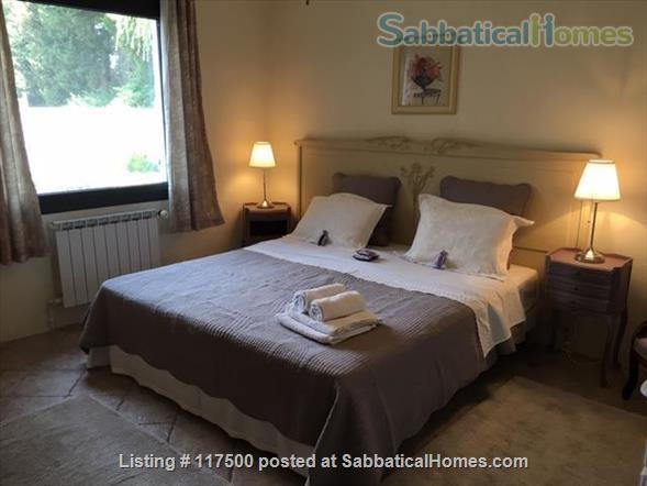 The Willow Tree Apartment Home Rental in Le Thor, Provence-Alpes-Côte d'Azur, France 4