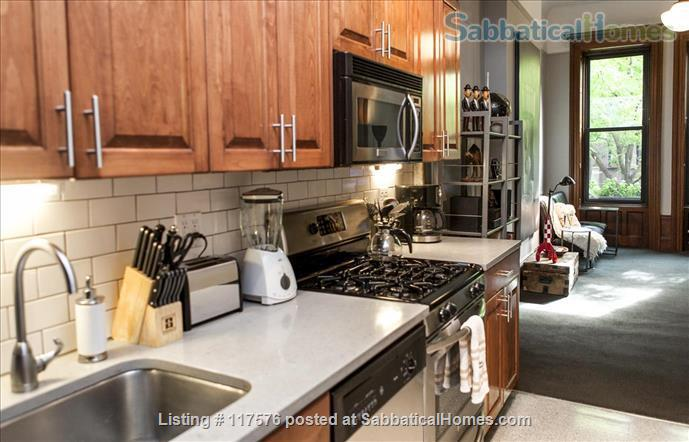 Harlem Hideaway Parlor Apartment Home Rental in New York, New York, United States 6
