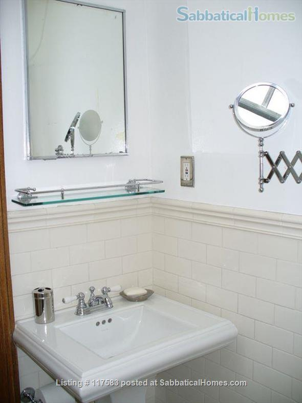 Harlem Hideaway Guest Room Home Rental in New York, New York, United States 7