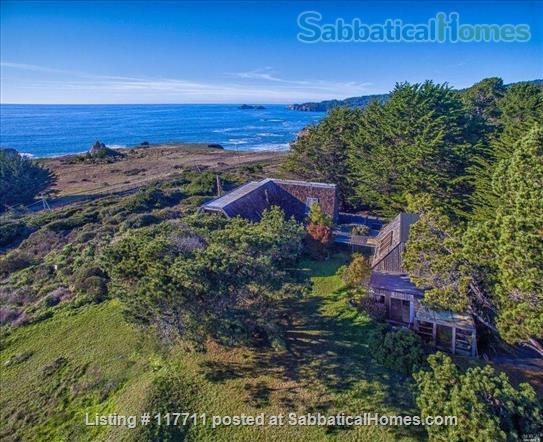 Beautiful, private, unique architectural home on the southern Mendocino Coast Home Rental in Gualala, California, United States 1