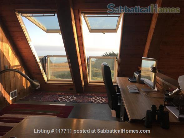 Beautiful, private, unique architectural home on the southern Mendocino Coast Home Rental in Gualala, California, United States 5
