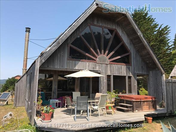 Beautiful, private, unique architectural home on the southern Mendocino Coast Home Rental in Gualala, California, United States 6