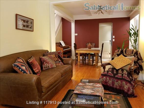 Oasis in the city - 2-3  bedroom house in Toronto's Riverdale near parks, subway, bus, quick trip to U of T, Ryerson Univ, hospitals  Home Rental in Toronto, Ontario, Canada 4