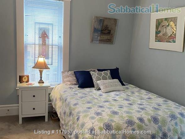 Short term/Dec 1 2021/1 BR Furnished UM/Downtown  Home Rental in Ann Arbor, Michigan, United States 0