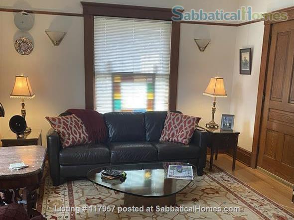 Short term/Dec 1 2021/1 BR Furnished UM/Downtown  Home Rental in Ann Arbor, Michigan, United States 3