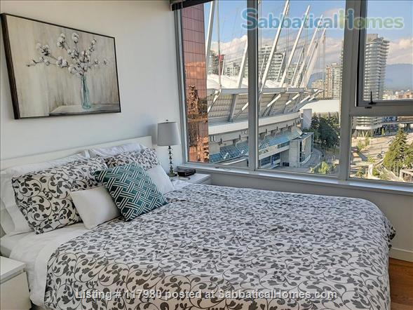 2 Bed - 1 Bath - Furnished  Downtown Condo - Water Views & Parking Home Rental in Vancouver, British Columbia, Canada 5