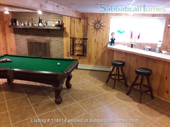 Furnished Single Family Home in Park Forest Home Rental in State College, Pennsylvania, United States 7