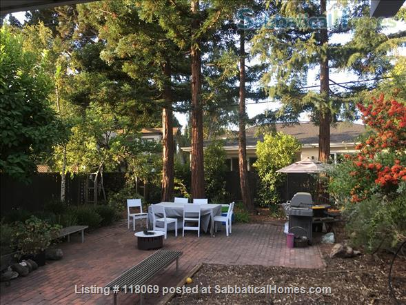 EICHLER, FURNISHED in Midtown Palo Alto, NEAR STANFORD Home Rental in Palo Alto, California, United States 2
