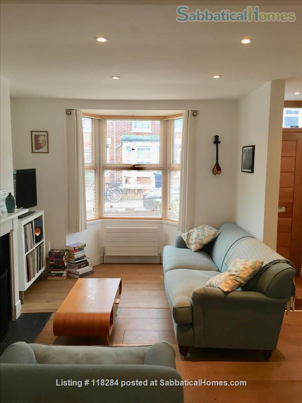 1 BEDROOM  SHORT-LET HOUSE NEAR CENTRAL OXFORD Home Rental in Oxfordshire, England, United Kingdom 4