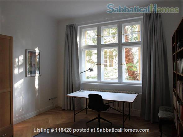 Bright spacious Schlachtensee apartment in Berlin Zehlendorf - newly renovated and fully equipped Home Rental in Berlin, Berlin, Germany 2