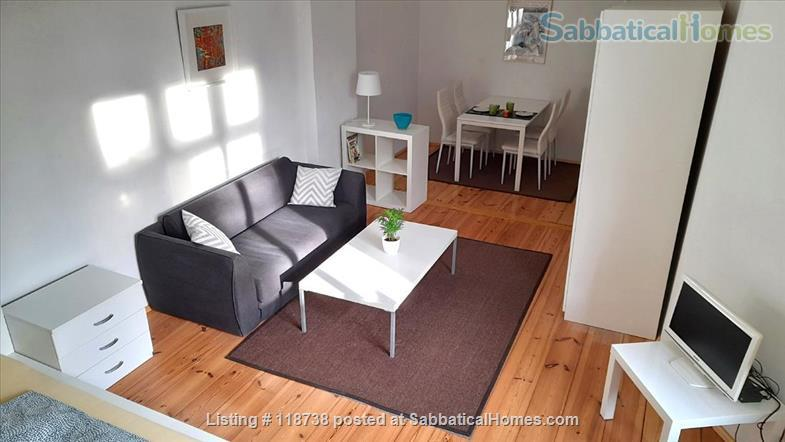 ** BRIGHT APARTMENT IN SUPER LOCATION ** Home Rental in Berlin, Berlin, Germany 0