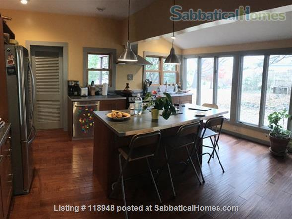 Large, unique house - near beach, close to Yale Home Rental in Milford, Connecticut, United States 3
