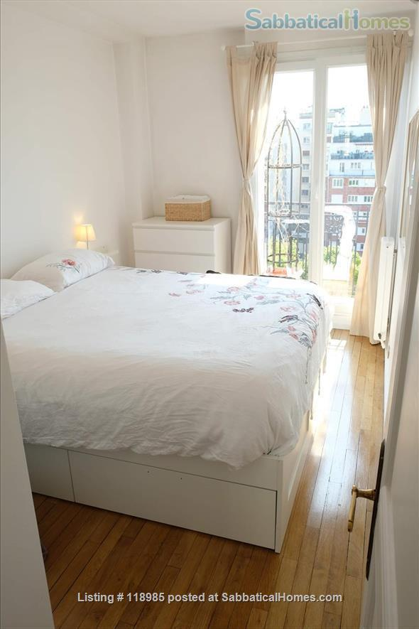 Peaceful and Sunny 2 bedroom with great view in Paris 15e Home Rental in Paris, Île-de-France, France 2