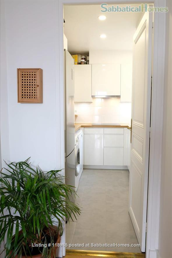 Peaceful and Sunny 2 bedroom with great view in Paris 15e Home Rental in Paris, Île-de-France, France 5