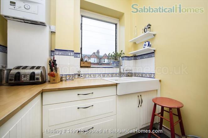 2BR London flat / Queens Park (NW6) Home Rental in Greater London, England, United Kingdom 4
