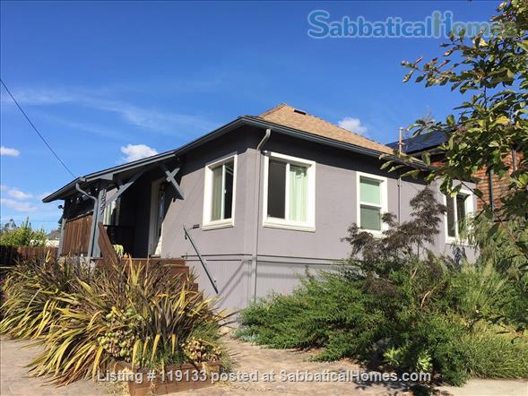 2BR/1.5BA home in walkable central Berkeley Home Rental in Berkeley, California, United States 1