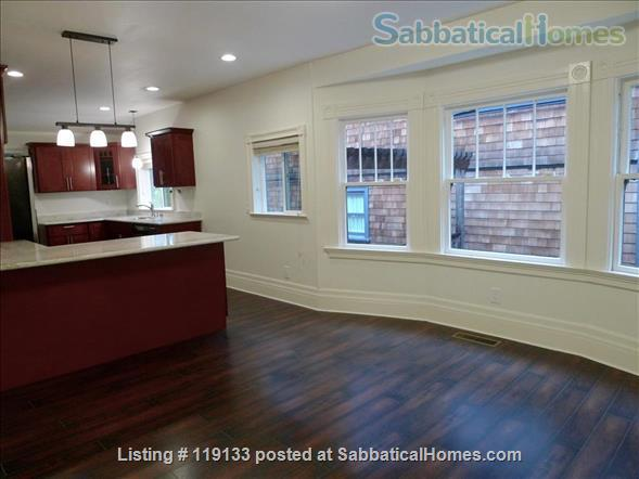 2BR/1.5BA home in walkable central Berkeley Home Rental in Berkeley, California, United States 4