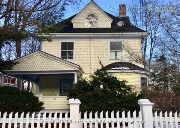 Fully furnished 2BR 1BA Apartment in Coolidge Corner, Brookline, Massachusetts Home Rental in Brookline, Massachusetts, United States 1