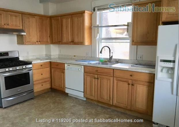 Fully furnished 2BR 1BA Apartment in Coolidge Corner, Brookline, Massachusetts Home Rental in Brookline, Massachusetts, United States 0