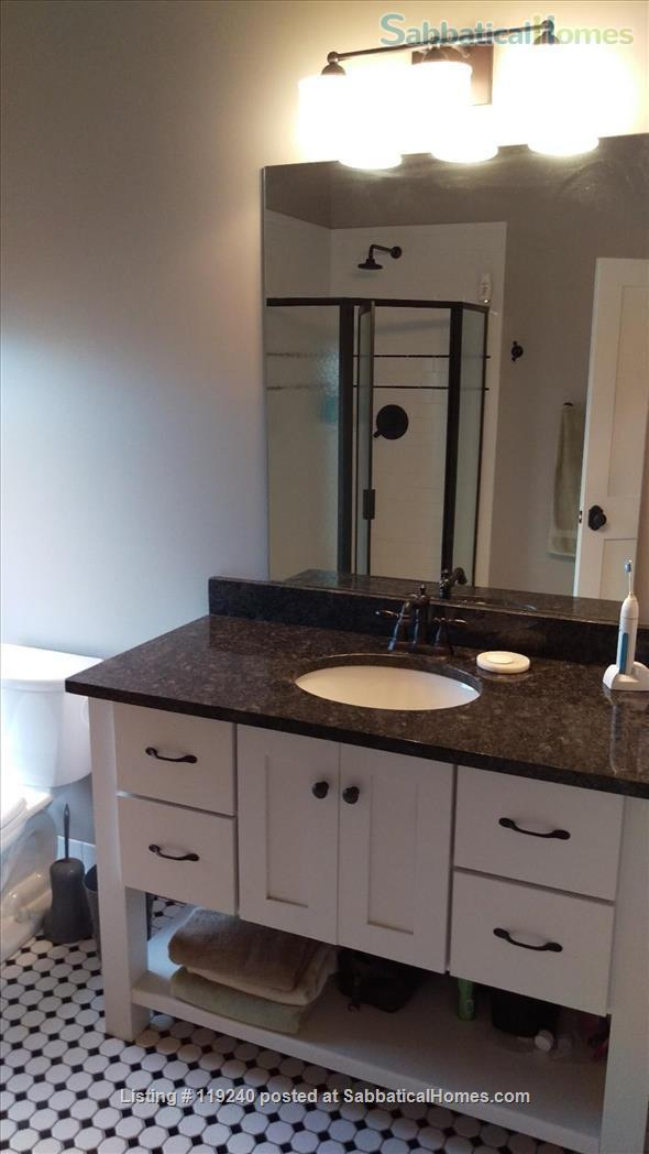 Value for Money, Modern 2BR/2BA  Condo (Convenient and Accessible to Cornell and  Ithaca College) Home Rental in Ithaca, New York, United States 6