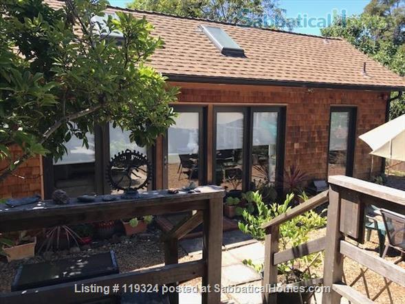 Beautiful Custom Built 1 Bedroom Separate Cottage In The Heart of Elmwood in Berkeley.   Home Rental in Berkeley, California, United States 7