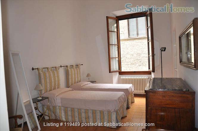 Fast WiFi, remote work (apt.2D)  Charming, Quiet, Family-friendly 2br Apt in Central Ancient Bldg w/Elevator. Home Rental in Firenze, Toscana, Italy 5