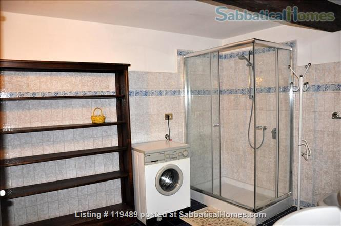 Fast WiFi, remote work (apt.2D)  Charming, Quiet, Family-friendly 2br Apt in Central Ancient Bldg w/Elevator. Home Rental in Firenze, Toscana, Italy 6