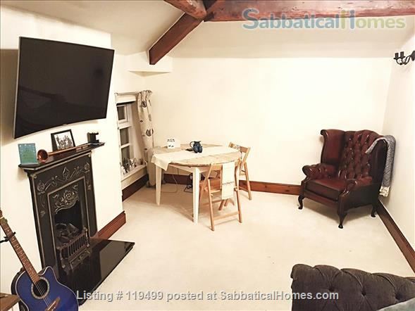 Beautiful historic apartment in ideal location  Home Rental in Manchester, England, United Kingdom 2