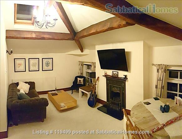 Beautiful historic apartment in ideal location  Home Rental in Manchester, England, United Kingdom 5