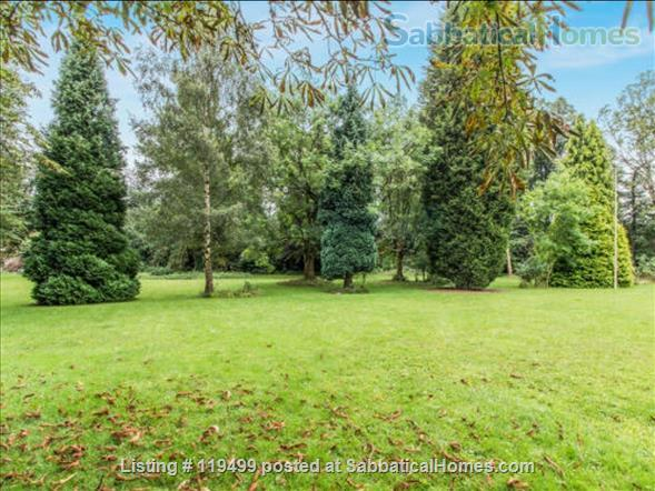 Beautiful historic apartment in ideal location  Home Rental in Manchester, England, United Kingdom 6