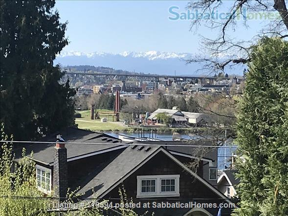 House to Share in Eastlake neighborhood of Seattle Home Rental in Seattle, Washington, United States 9