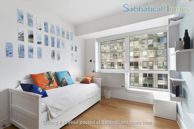 views to die for Home Rental in Brooklyn, New York, United States 5