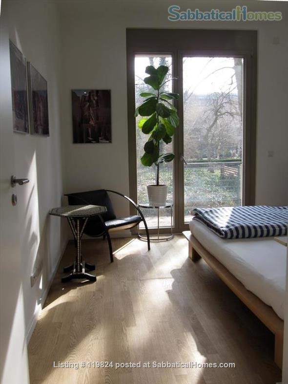 Central but quiet retreat to work, relax and experience Berlin Home Rental in Berlin 6