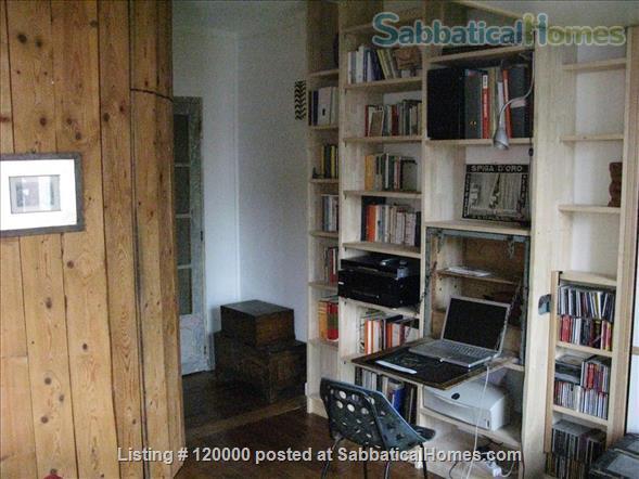 Silent and light studio near Buttes Chaumont Parc  Home Rental in Paris, Île-de-France, France 5