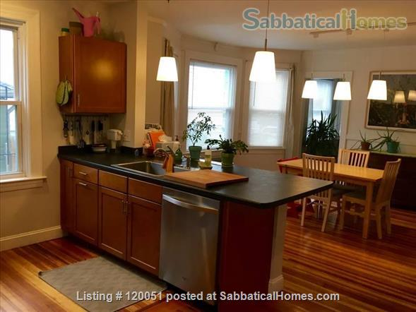 Spacious East Side Apartment in Providence, RI Home Rental in Providence, Rhode Island, United States 1