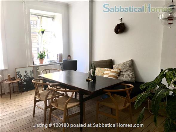 Beautiful Copenhagen apartment - 5 min walk to Copenhagen Business School Home Rental in Frederiksberg, , Denmark 2